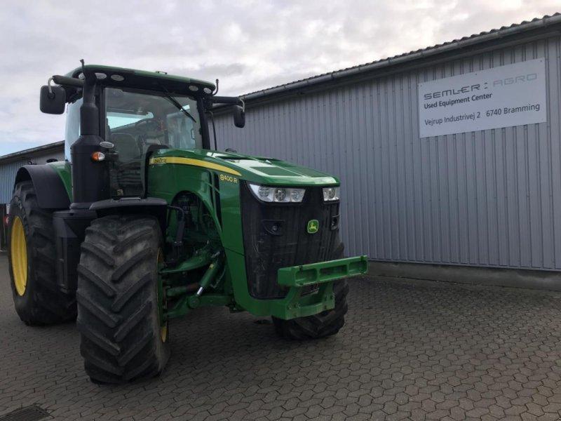 Traktor des Typs John Deere 8400R, Gebrauchtmaschine in Brønderslev (Bild 1)