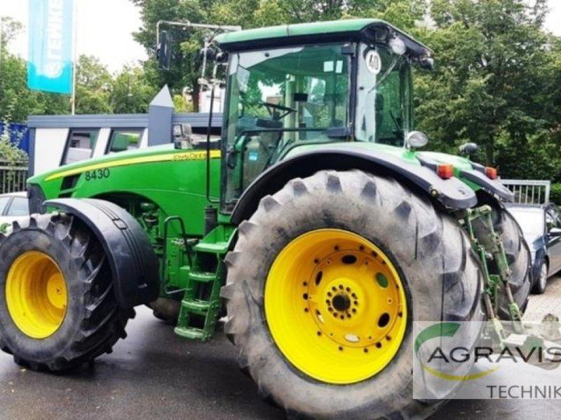 Traktor typu John Deere 8430 AUTOPOWR, Gebrauchtmaschine v Beckum (Obrázok 9)
