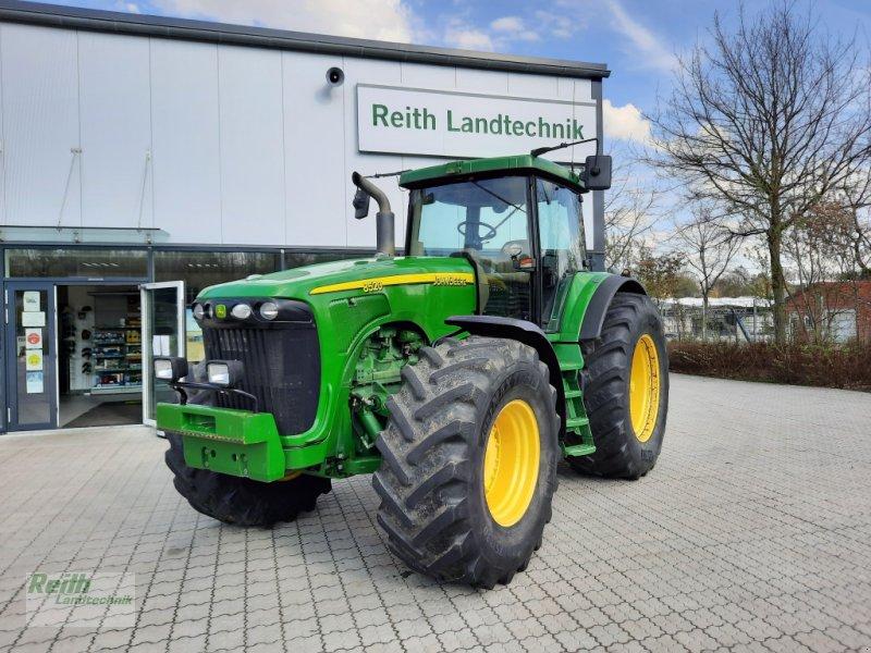 Traktor des Typs John Deere 8520, Gebrauchtmaschine in Siegenburg (Bild 1)