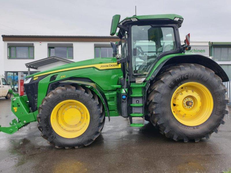 Traktor des Typs John Deere 8R 370 Demo Ultimate, Neumaschine in Niederkirchen (Bild 1)