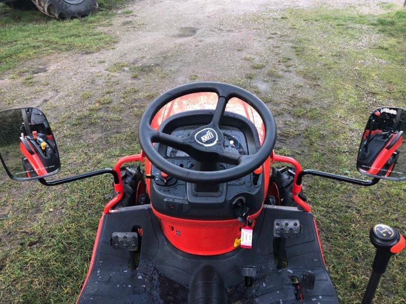 Traktor des Typs Kioti CS 2220, Gebrauchtmaschine in Klempau (Bild 6)