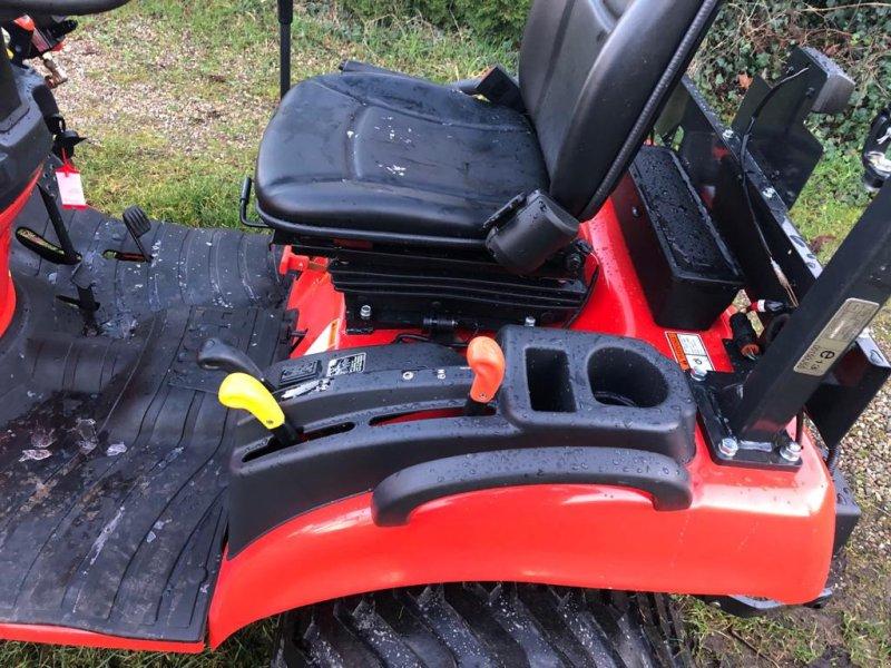 Traktor des Typs Kioti CS 2220, Gebrauchtmaschine in Klempau (Bild 5)