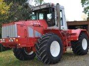 Kirovets K 744 Traktor