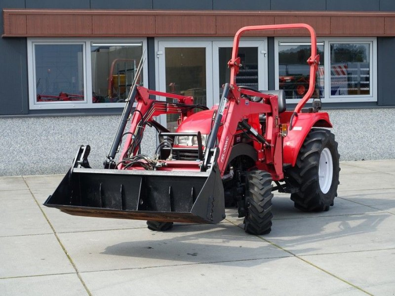 Traktor a típus Knegt 304 G2 4wd / 00531 Draaiuren / Voorlader, Gebrauchtmaschine ekkor: Swifterband (Kép 1)