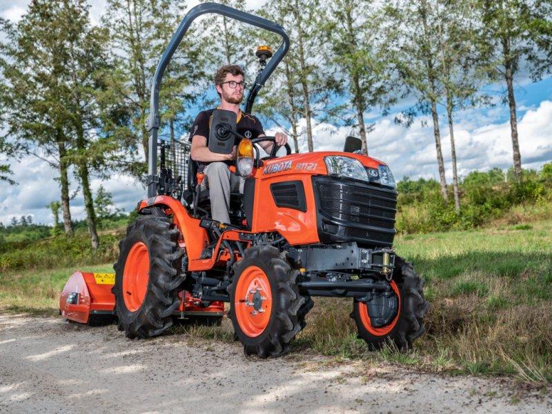 Traktor des Typs Kubota B1121 incl Schlegelmäher, Neumaschine in Olpe (Bild 1)