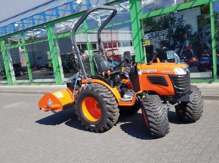 Traktor des Typs Kubota B1121 incl Schlegelmäher, Neumaschine in Olpe (Bild 4)