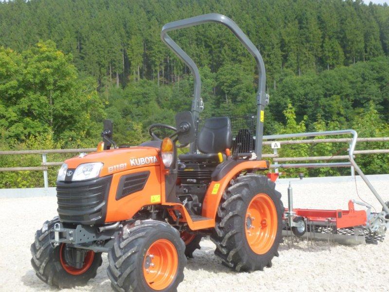 Traktor des Typs Kubota B1181, Neumaschine in Olpe (Bild 3)