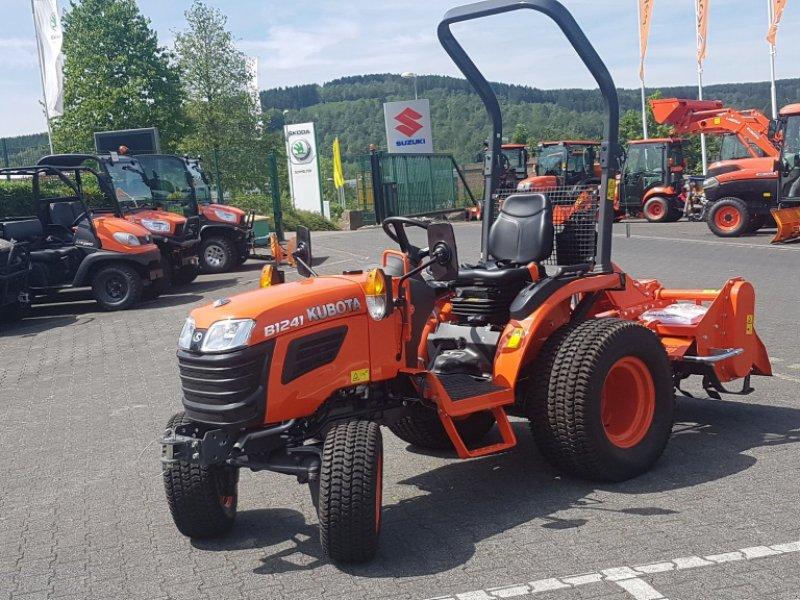 Traktor des Typs Kubota B1241 Allrad ab 0,0%, Neumaschine in Olpe (Bild 1)
