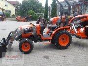 Kubota B1241 mit FL ab 09/2020 verfügbar Traktor