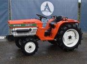 Traktor типа Kubota B1702, Gebrauchtmaschine в Antwerpen