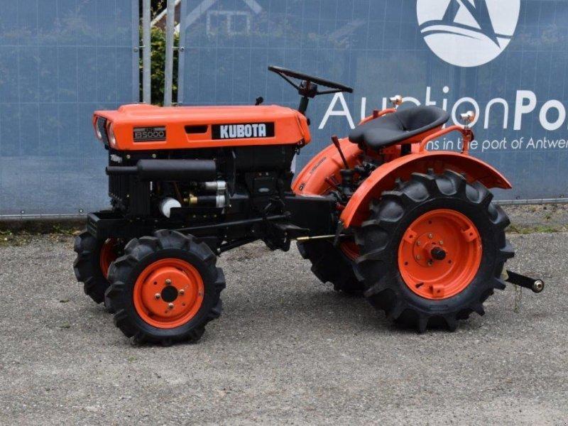 Traktor типа Kubota B5000, Gebrauchtmaschine в Antwerpen (Фотография 1)