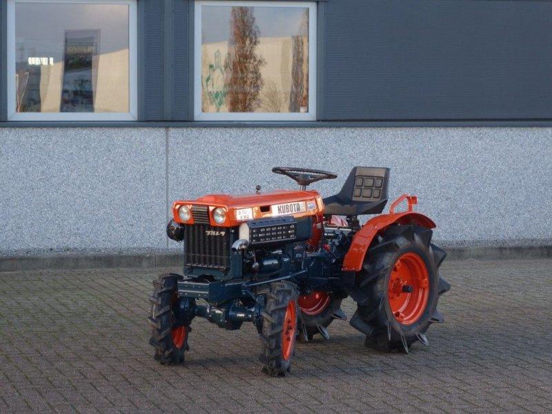 Traktor a típus Kubota B7000 4wd, Gebrauchtmaschine ekkor: Swifterband (Kép 1)
