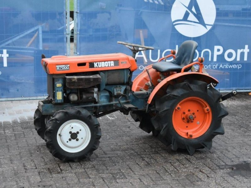 Traktor a típus Kubota B7000, Gebrauchtmaschine ekkor: Antwerpen (Kép 1)
