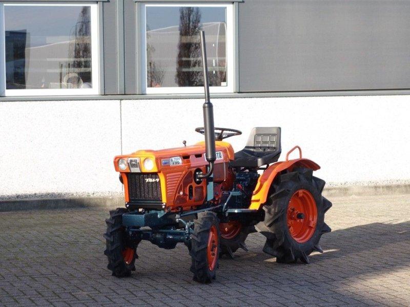 Traktor a típus Kubota B7001 4wd, Gebrauchtmaschine ekkor: Swifterband (Kép 1)