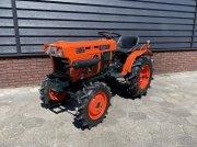 Traktor tipa Kubota B7001, Gebrauchtmaschine u Neer
