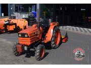 Kubota B8200 4wd. Тракторы