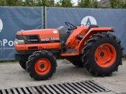 Traktor типа Kubota GL33, Gebrauchtmaschine в Antwerpen