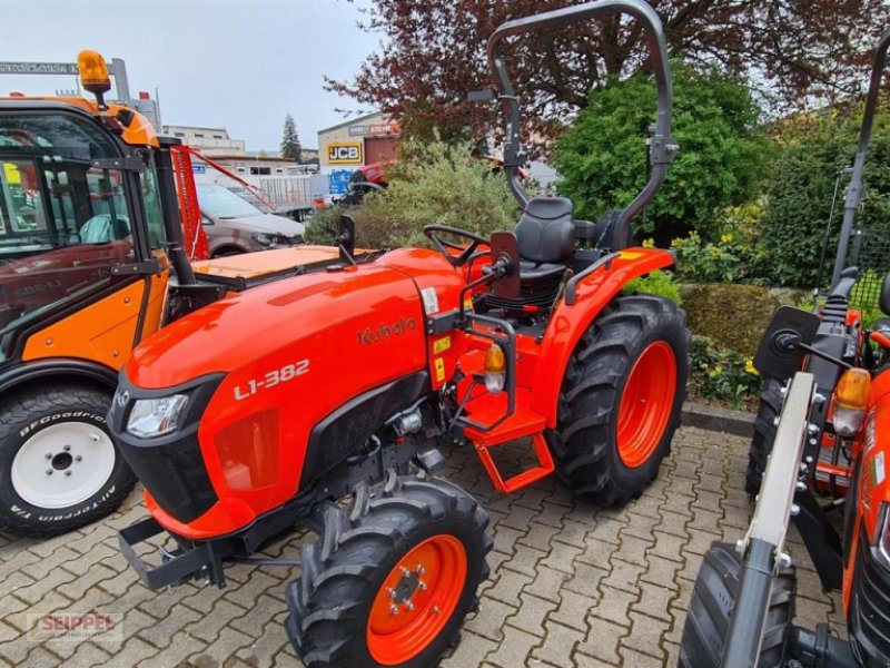 Traktor des Typs Kubota L1-382 DW EC, Neumaschine in Groß-Umstadt (Bild 1)