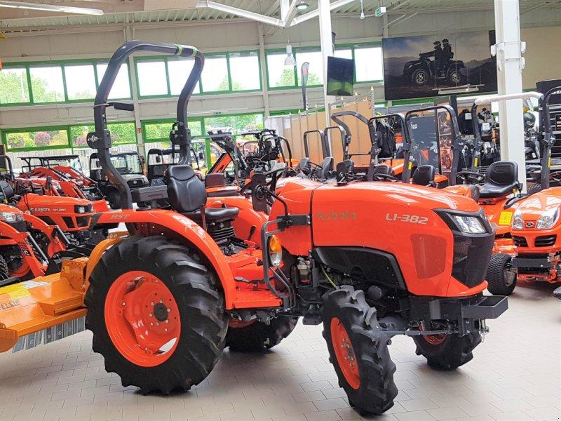Traktor des Typs Kubota L1-382 Neu, Neumaschine in Olpe (Bild 1)