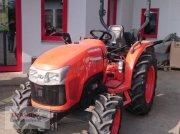 Kubota L1361 Hydrostat Vorführmaschine Traktor