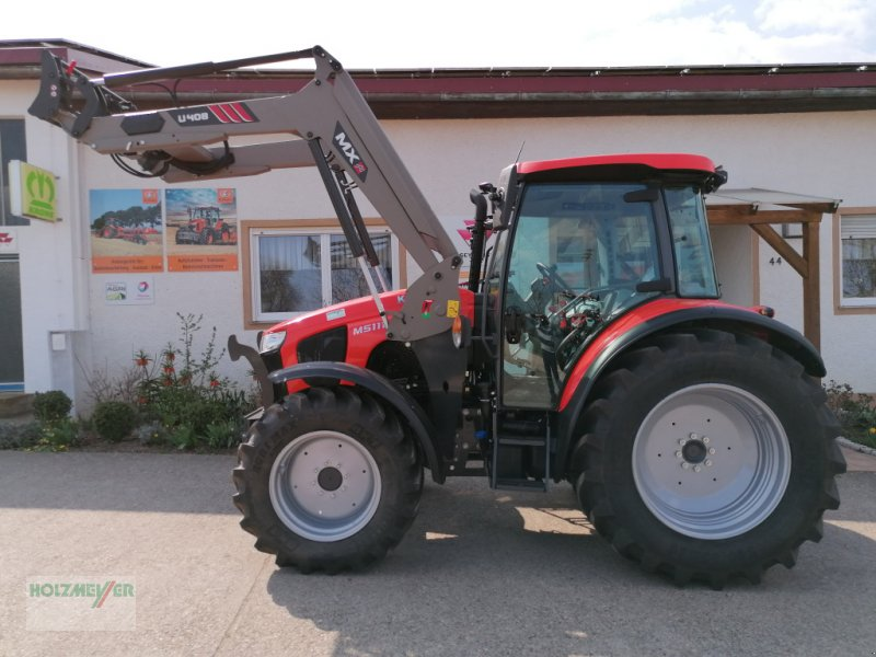 Traktor des Typs Kubota M 5111, Gebrauchtmaschine in Gunzenhausen (Bild 1)