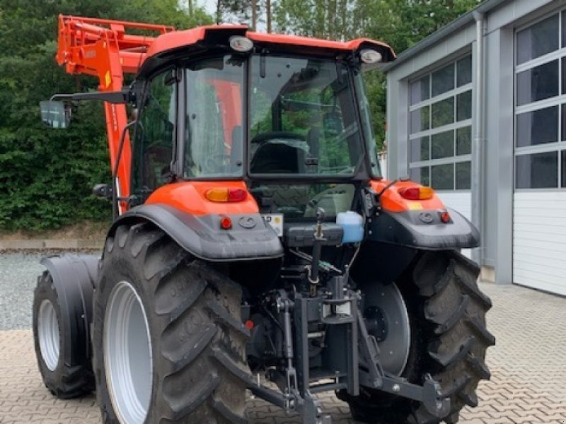 Traktor des Typs Kubota M 6060 mit Frontlader LA1154, Gebrauchtmaschine in Weißenburg (Bild 4)