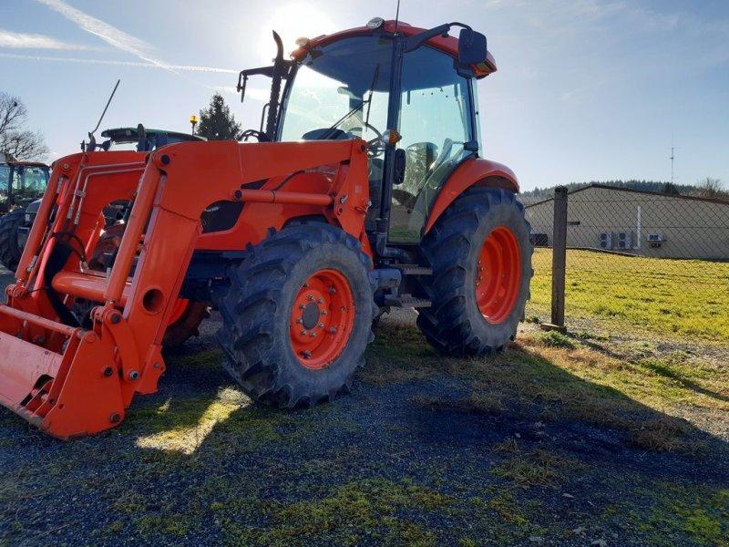 Traktor des Typs Kubota M 7040, Gebrauchtmaschine in COGNAC LA FORET (Bild 1)