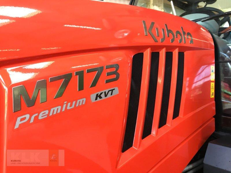 Traktor of the type Kubota M 7173 KVT Premium DL FZW FKH LED 60 Mon. 0,0%, Neumaschine in Biessenhofen (Picture 5)