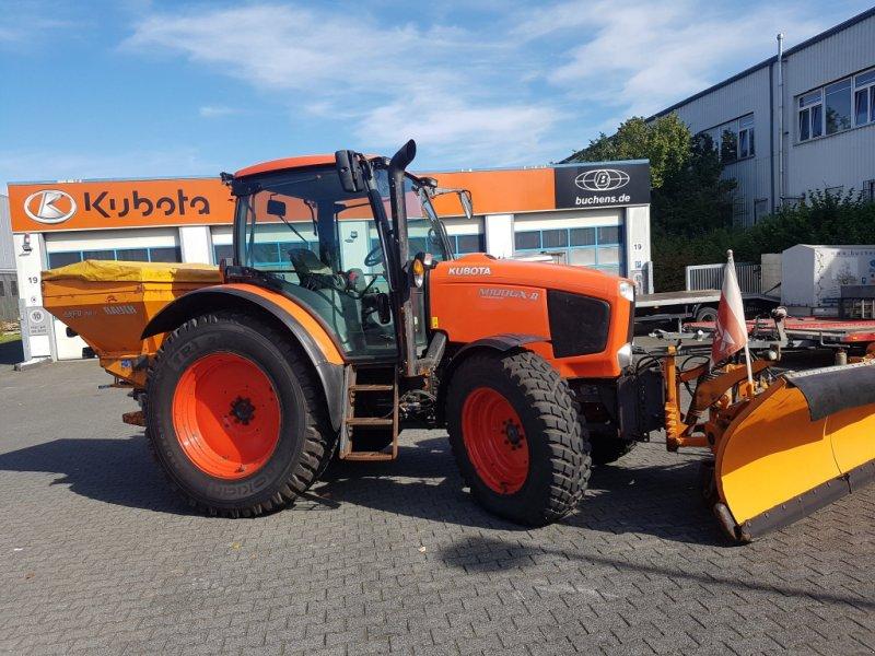 Traktor des Typs Kubota M100GX-II Winterdienstpaket, Gebrauchtmaschine in Olpe (Bild 1)