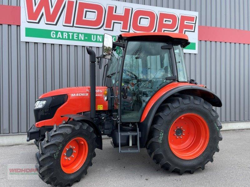 Traktor des Typs Kubota M4063, Neumaschine in Aschheim (Bild 1)