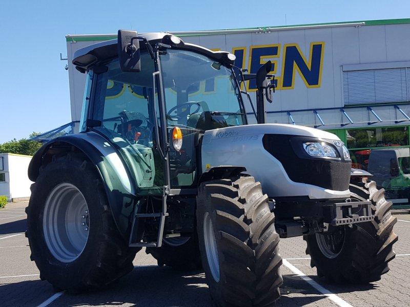 Traktor des Typs Kubota M4063ROPS, Neumaschine in Olpe (Bild 8)