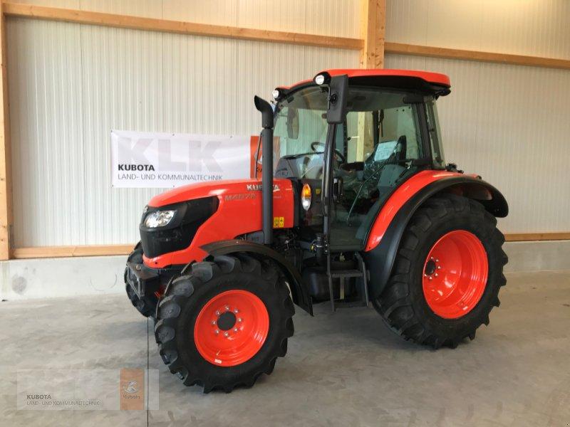 Traktor типа Kubota M4072 36x36 Klima Wendeschaltung 60 Mon. 0,0%, Neumaschine в Biessenhofen (Фотография 3)