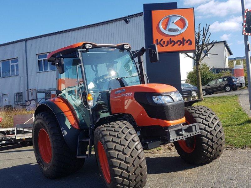 Traktor des Typs Kubota M4073 CAB ab 0,0%, Neumaschine in Olpe (Bild 1)