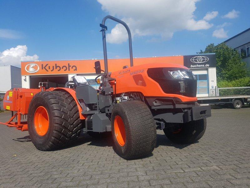 Traktor des Typs Kubota M5072 Narrow Turf, Neumaschine in Olpe (Bild 1)