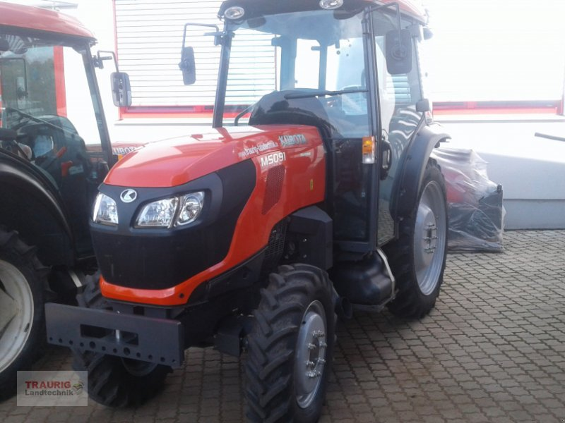 Traktor des Typs Kubota M5091 Spargel, Neumaschine in Mainburg/Wambach (Bild 1)