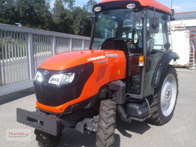 Traktor des Typs Kubota M5091 Spargel, Neumaschine in Mainburg/Wambach (Bild 3)