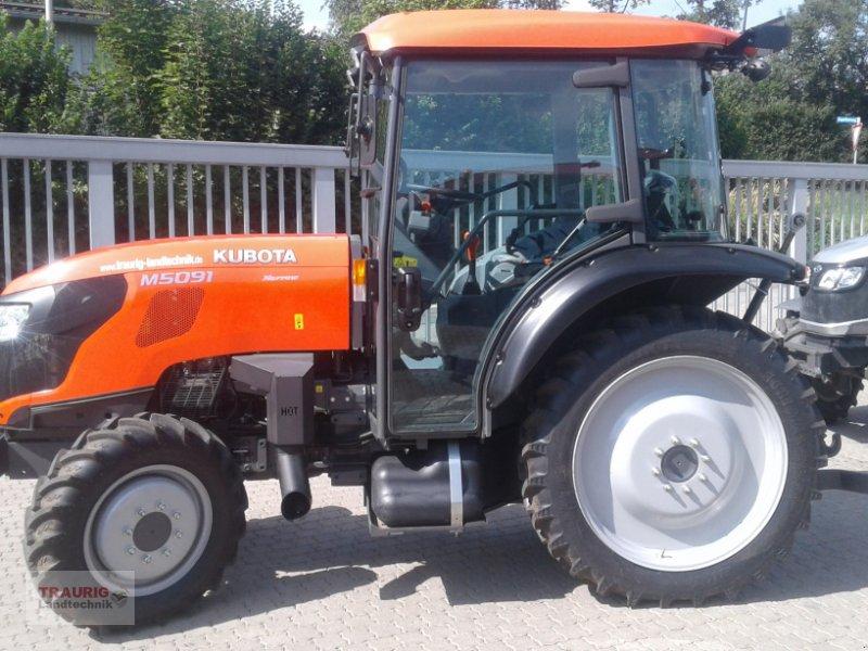 Traktor des Typs Kubota M5091 Spargel, Neumaschine in Mainburg/Wambach (Bild 4)