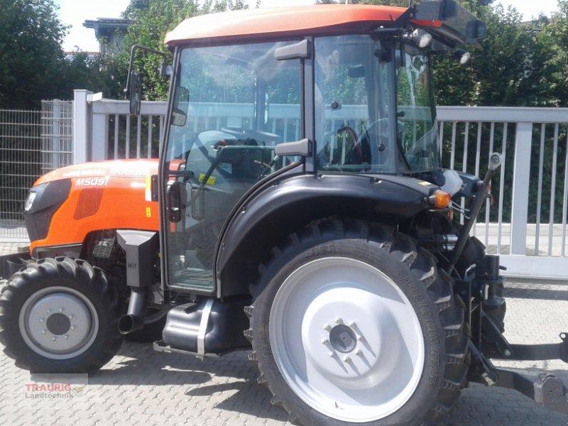 Traktor des Typs Kubota M5091 Spargel, Neumaschine in Mainburg/Wambach (Bild 5)