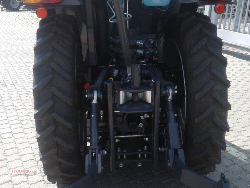 Traktor des Typs Kubota M5091 Spargel, Neumaschine in Mainburg/Wambach (Bild 6)