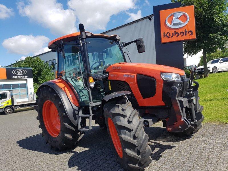 Traktor des Typs Kubota M5112 36x36, Neumaschine in Olpe (Bild 1)