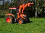 Traktor typu Kubota M6040 v Berg