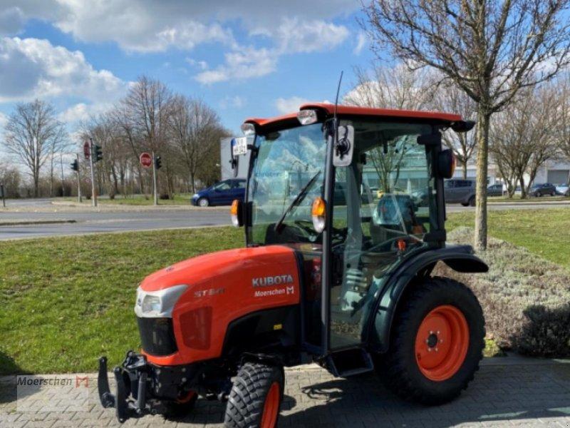 Traktor des Typs Kubota ST 341 Vorführm., Neumaschine in Tönisvorst (Bild 1)