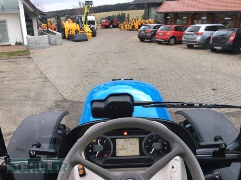Traktor des Typs Landini 5-090 D, Neumaschine in St. Märgen (Bild 9)