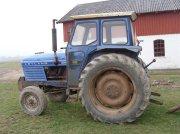 Leyland 270 med tvillinghjul Traktor