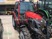Traktor типа Lindner Lintrac 90 Weinbau, Gebrauchtmaschine в Wagram