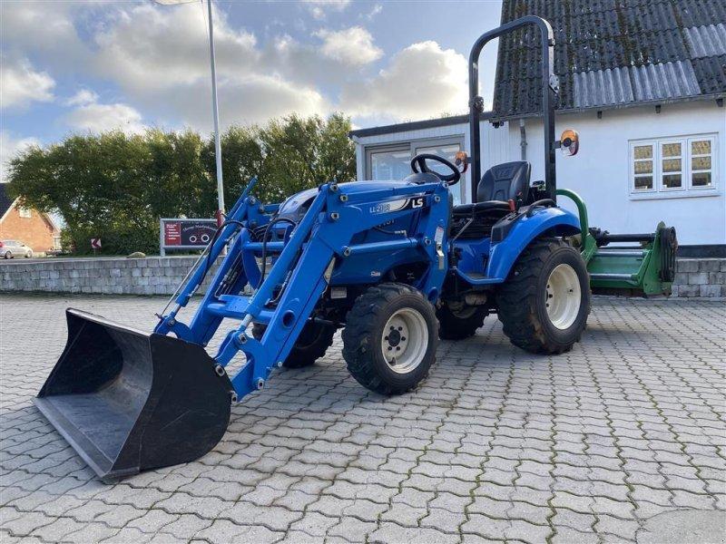 Traktor типа LS Tractor J27 HST KUN 320 TIMER! MED FRONTLÆSSER OG SLAGLEKLIPPER!, Gebrauchtmaschine в Aalestrup (Фотография 1)