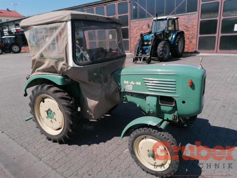 Traktor des Typs MAN 2F1, Gebrauchtmaschine in Ampfing (Bild 1)