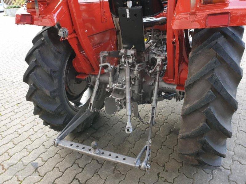 Traktor des Typs Massey Ferguson 133, Gebrauchtmaschine in Kleinlangheim - Atzhausen (Bild 8)