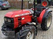 Massey Ferguson 1345 Allrad Traktor Traktor