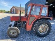Traktor tipa Massey Ferguson 135 8 gears model Med Fermohus, Gebrauchtmaschine u Hadsten